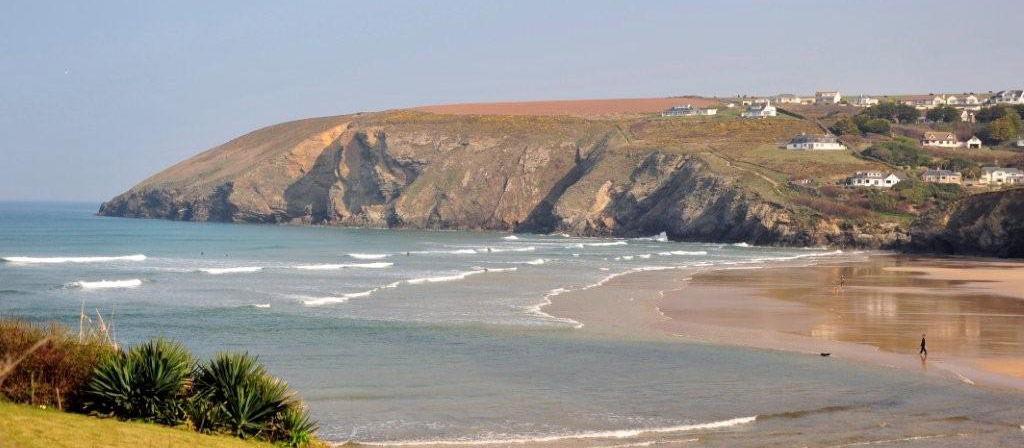 The Merrymoor Accommodation And Pub Food In Mawgan Porth
